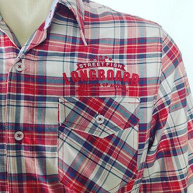 Camisa em tricoline maquinetado Xadrez,100% algodão em modelagem Slim Fit