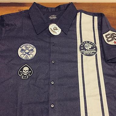 Camisa em sarja Work Santista mista de algodão e poliéster,modelagem confortável,pode ser personalizada com listas ou vários bordados para uma melhor identificação de sua empresa.