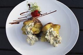 печени картофи със скандинавски сос.jpg