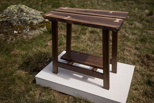 Saddleback Jr. | Side Table