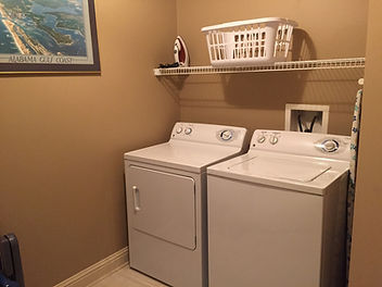 LH 906 Laundry.jpg