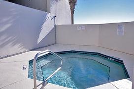 LH905 Hot Tub.jpg