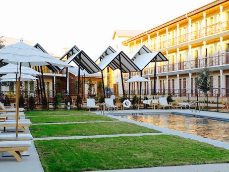Retro Rustic Top Rated C-Stat Hotel