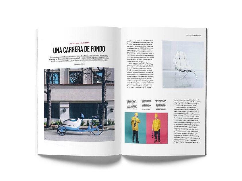 A5 Magazine MockUp2.jpg