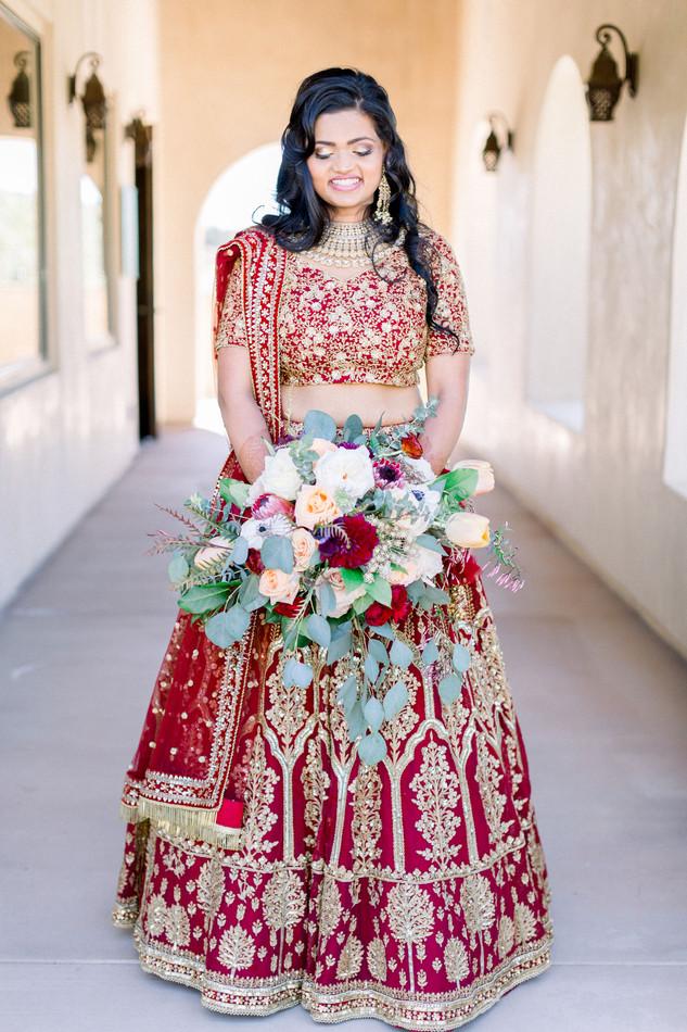 bride boho bouquet first look indian wedding _fazeli