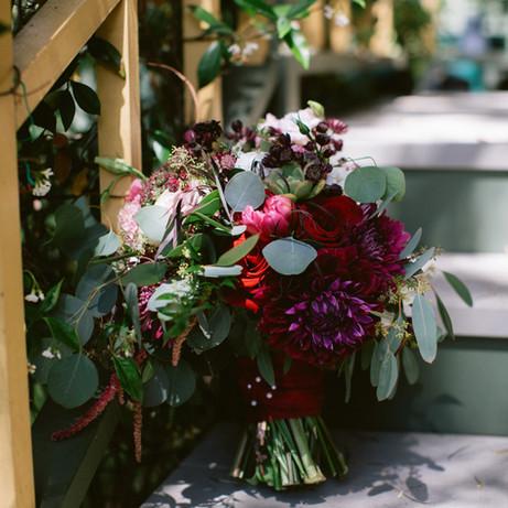 bridal bouquet on steps @BrittScrippsManor