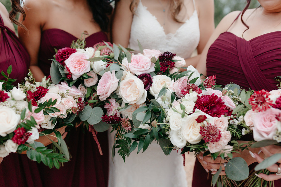 PERSONALS Bridesmaids burgundy long dresses petite bouquets rounded hand-tied burgundy blush cream rustic elegance _@PacificViewsEventCenter