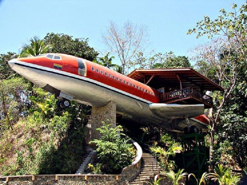 un avion transformado en casa