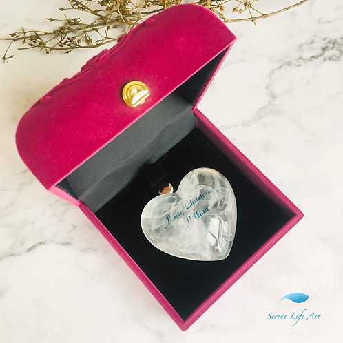 Emotive Xin | White Resin Heart