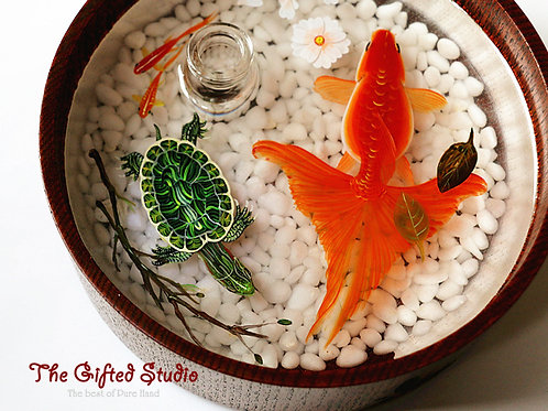 Red Goldfish, Tortoise with Essential Oil Diffuser
