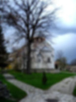 Tour del monasterio Studenica-Rey.jpg