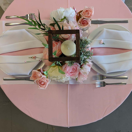 3' Round Table Display