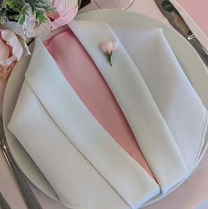 Tuxedo napkin fold