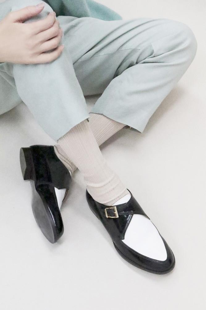 Art.no. MS-11 Heel: 1.5cm Price: 32,000yen+TAX Color: Black, Black×White, Mouton