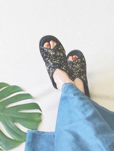 Art.no. FS-2 Heel: 3cm Color: Black-Spot Price: 30,000yen+TAX