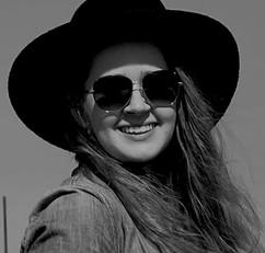 MNTN Headshot- Nicole Everhart - Nicole