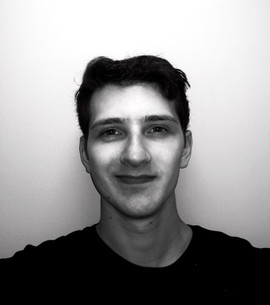 Lucas headshot.jpg