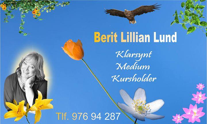 Denne damen hadde i alle fall og helt sikkert veldig mye å gjøre under messen, Berit Lillian Lund