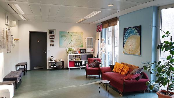 lounge-normal.jpg