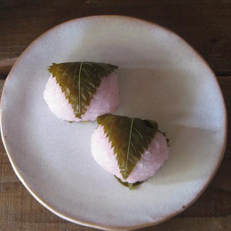 桜餅(道明寺餅)始めました