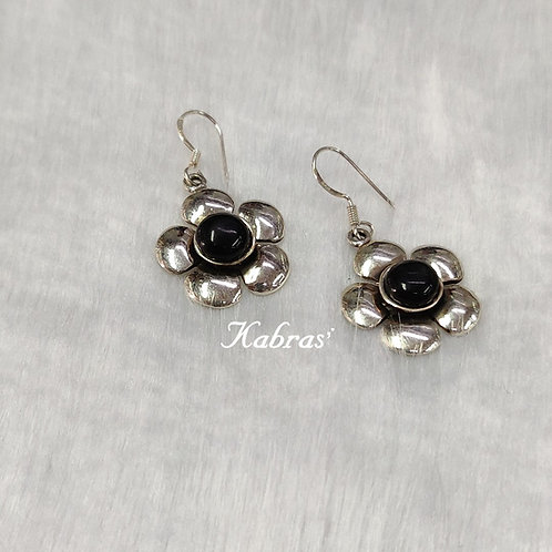 Black Onyx Floral Pendant