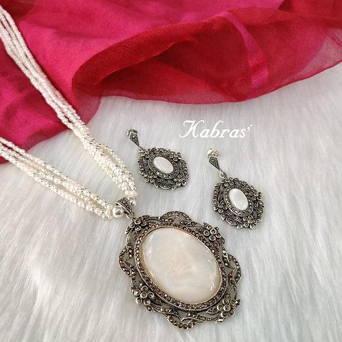 MOP Pearl Necklace Set