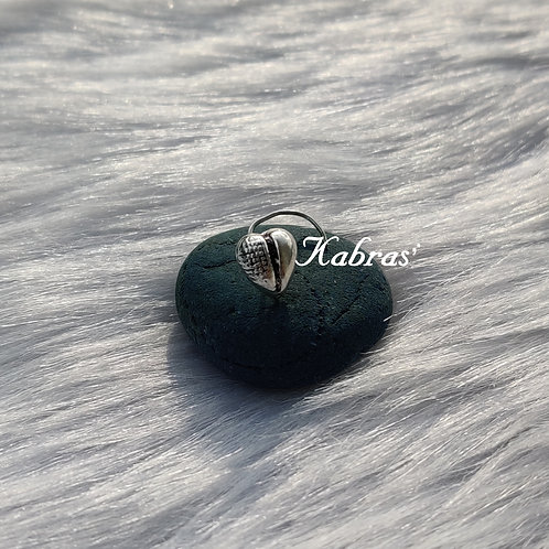 Heart Wired Nose Pin