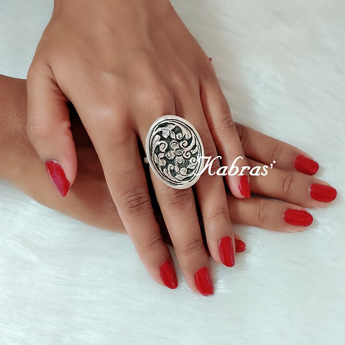 Oval Nakshi Ring