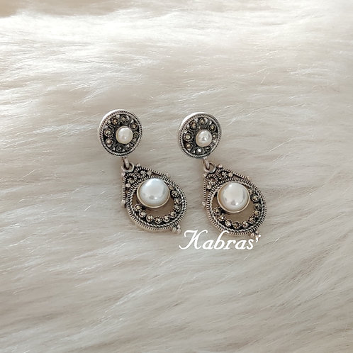 MC Pearl Earrings