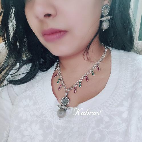 Madaliya Cut Stone Necklace