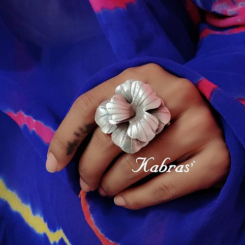 Leafy Rose Ring