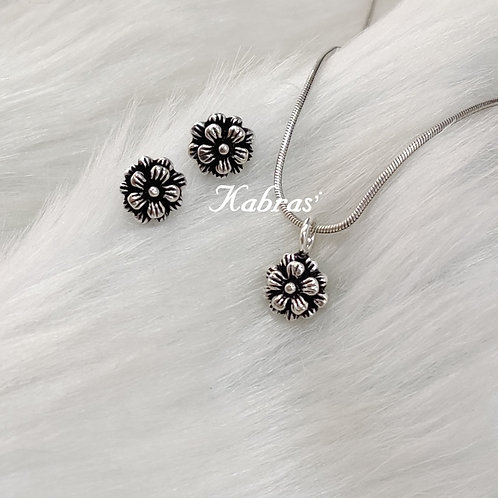Sunflower Pendant Set