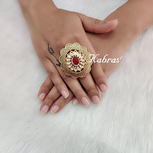 Oval Kundan Ring