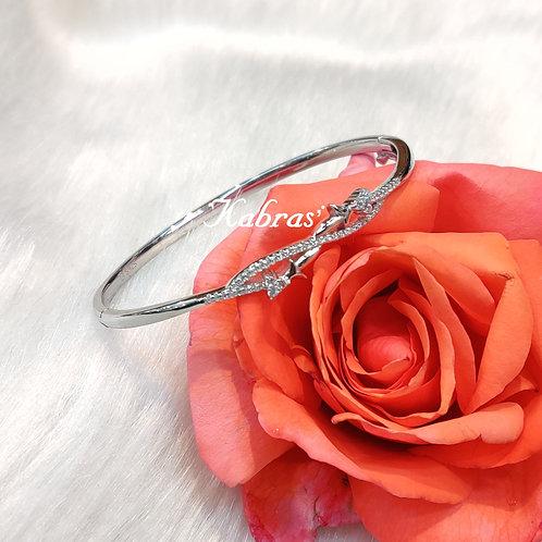 Arrow Drop Bracelet