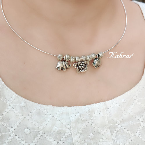 Charm Hasli Necklace