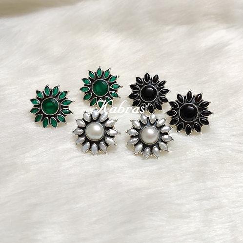 Green-Pearl-Black Floral Studs