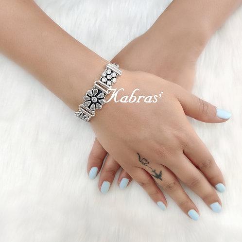 Daisy Cut Stone Bracelet (3 Color Options)