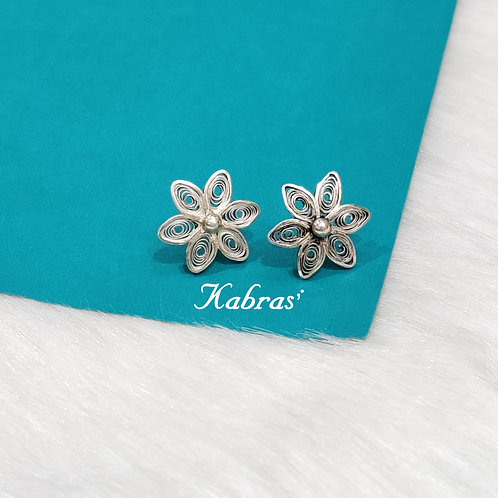 Quilled Daisy Studs