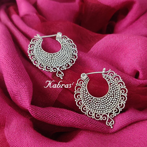 Quilled Rawa Loops