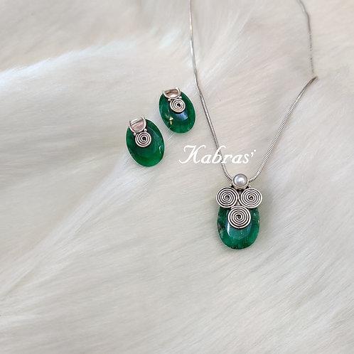 Green Onyx Pendant Set