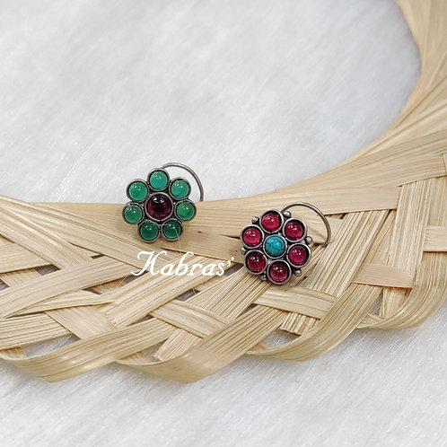 Floral Wired Nose Pin