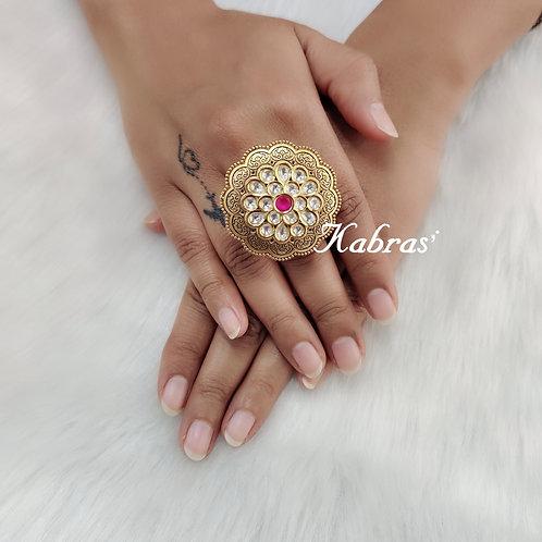 Antique Kundan Ring