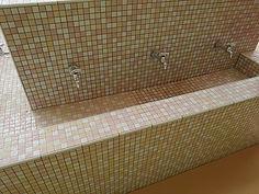 手洗い場のタイル