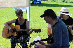 Guitar lessons in the field