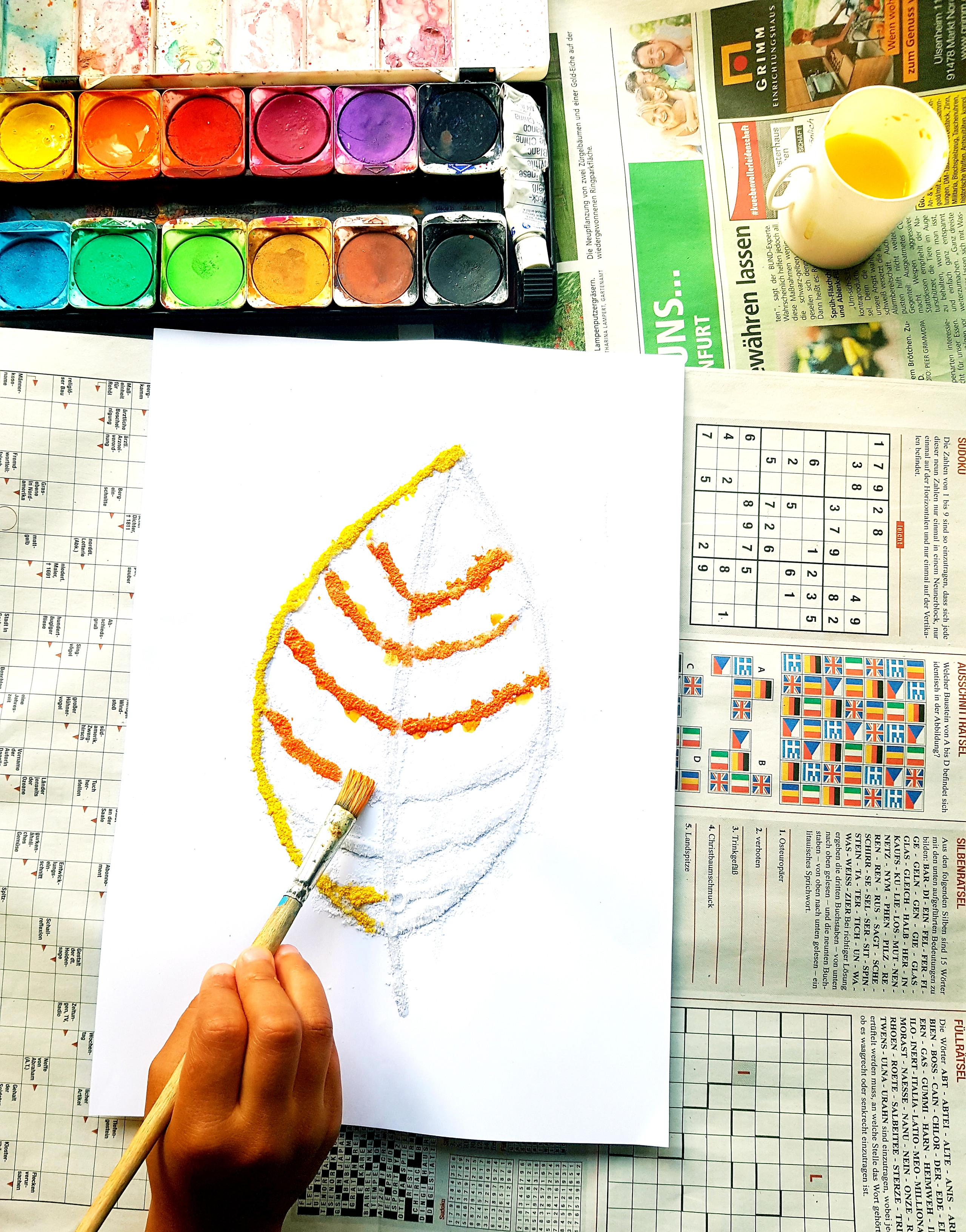 Fall salt painting for kids - STEAM activity for kids