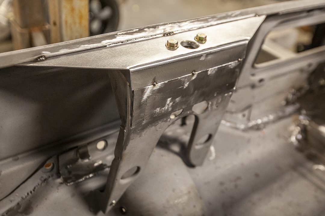 Trunk lid custom flush hinge