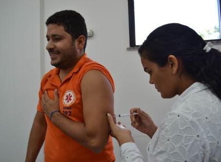 Profissionais de saúde que vão atuar na Micareta são imunizados contra hepatites