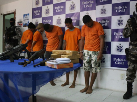 Operação de combate ao tráfico em Salvador apreende de armas e dois suspeitos morrem