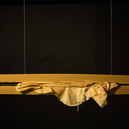 Sem título | 2020 Cera e latex 31 x 145,5 x 16 cm