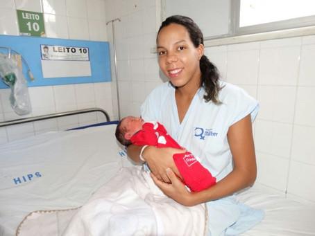 Primeiro bebê de 2018 nasceu de parto normal no Hospital da Mulher